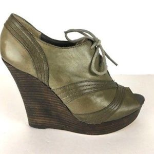 Seychelles Hawk Green Leather Wedge Bootie 7.5